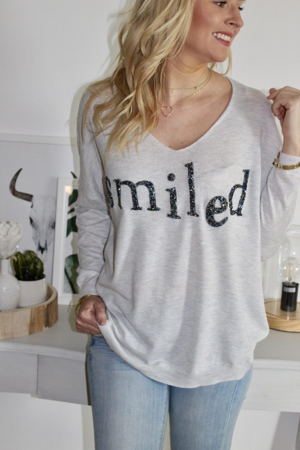 pull gris fin
